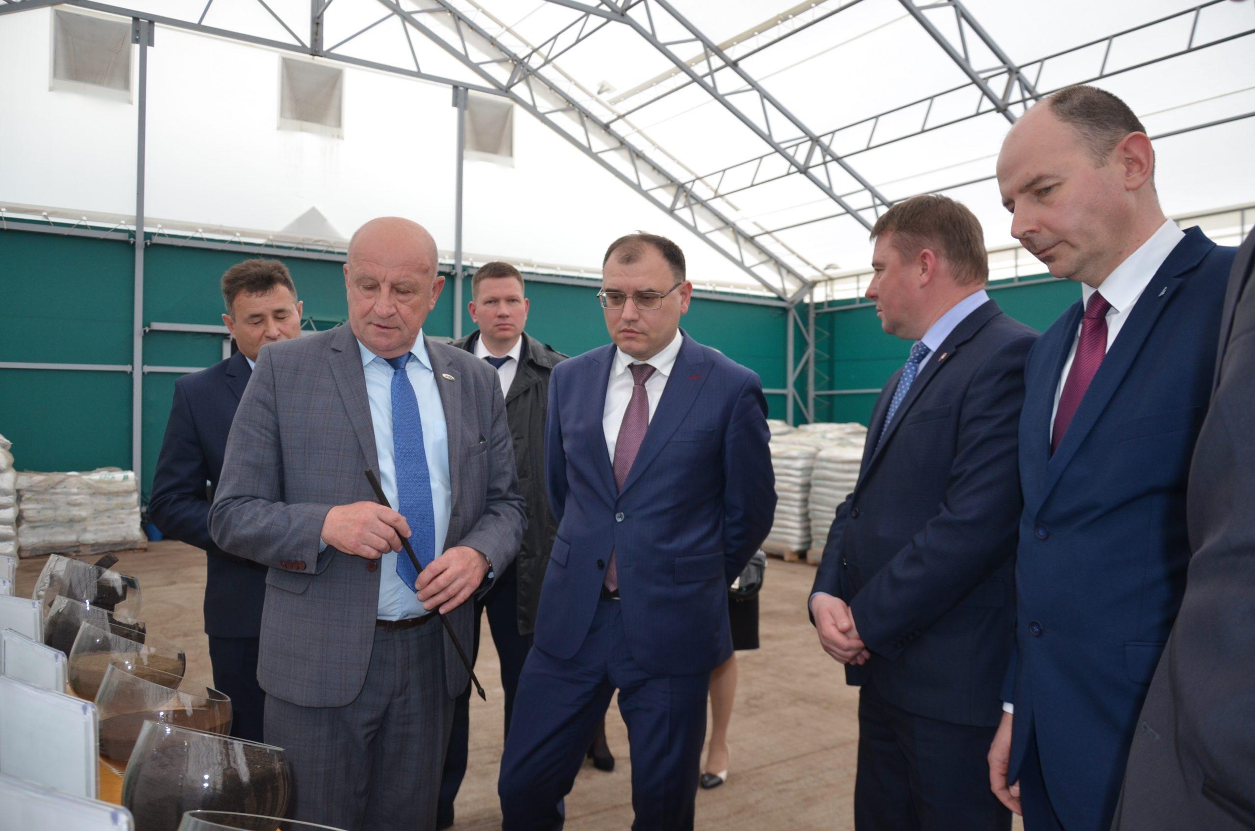 Министр энергетики Республики Беларусь Виктор Каранкевич посетил ОАО «ТБЗ Усяж»